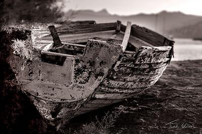 Tina Bolton - turkish beach boat bw chect canvas small