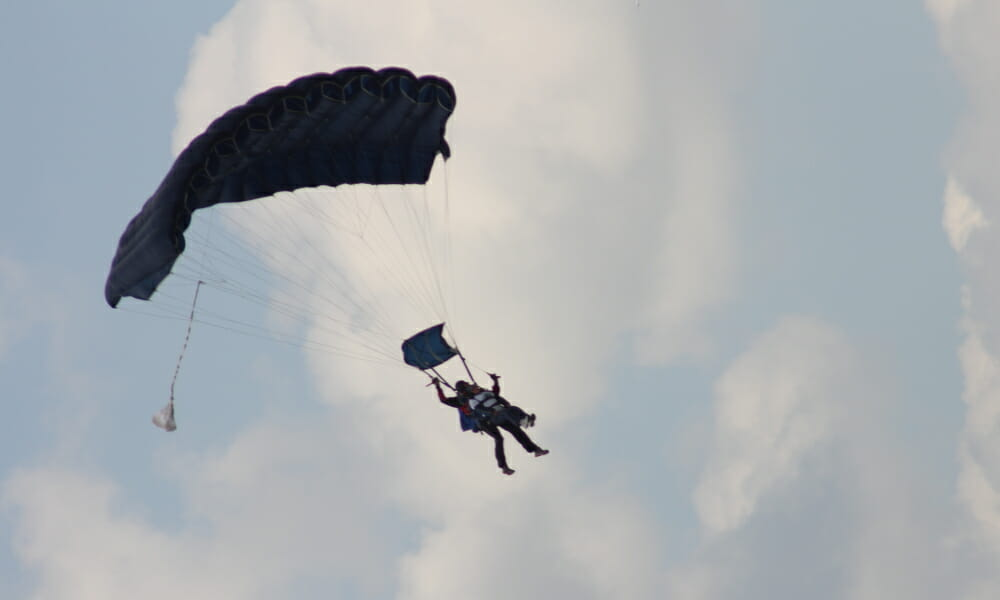 CHECT photo - skydiving